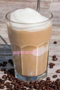 кофейное мороженое с молоком